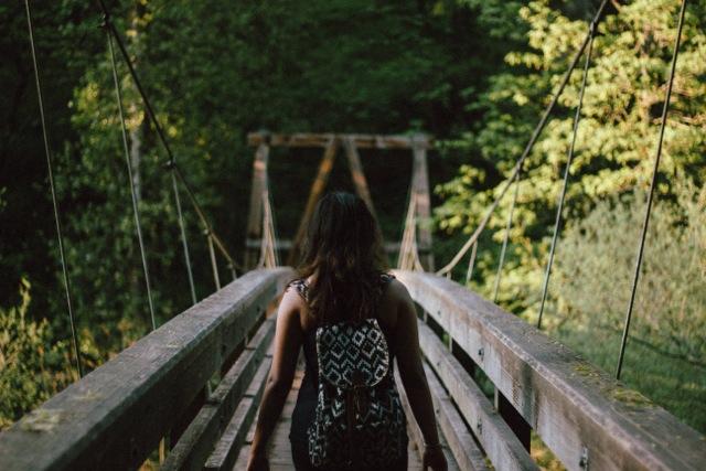 woman_bridge
